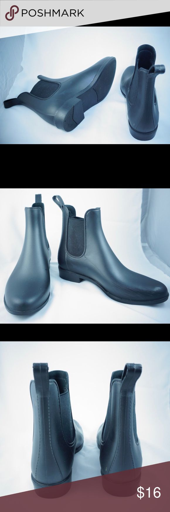 FINAL SALE! 📦🎉 ALEX CHELSEA RAINBOOTS Alexa Chelsea Rainboots by Merona ❣️ Minimal Wear, Scuffing By Toes. 👢 Feel free to leave me an offer! 😊 lowballs accepted! No lower than $5! Merona Shoes Ankle Boots & Booties