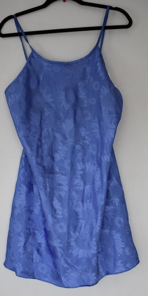 Women's neglige blue floral print size L #VioletsRoses #BabydollChemise