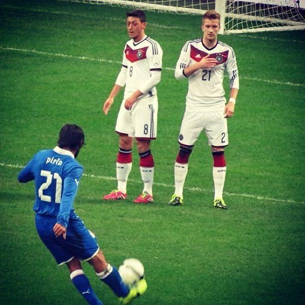 Italy vs Germany  Pirlo free kick