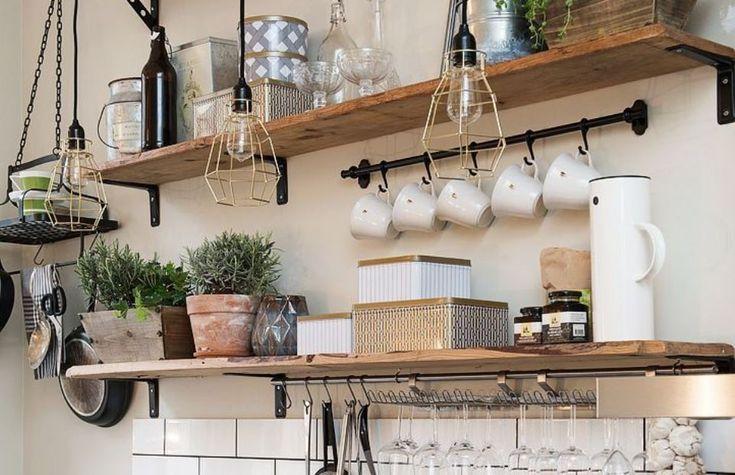 Σε ποιες περιπτώσεις είναι χρήσιμα τα ανοιχτά ράφια στην κουζίνα; Ιδέες που θα βοηθήσουν.