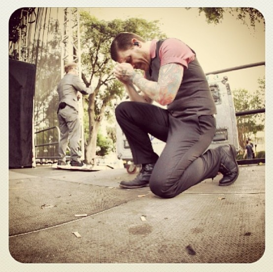 """Yes I pray before I go on stage... Lets me know I'm alive... #grateful #weloveourfans"" -Brent Smith"