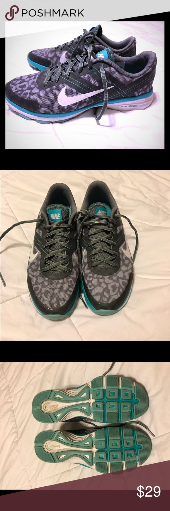 Nike Dual Fusion Nike dual fusion! Size 6.5. Great condition! Nike Shoes Sneakers