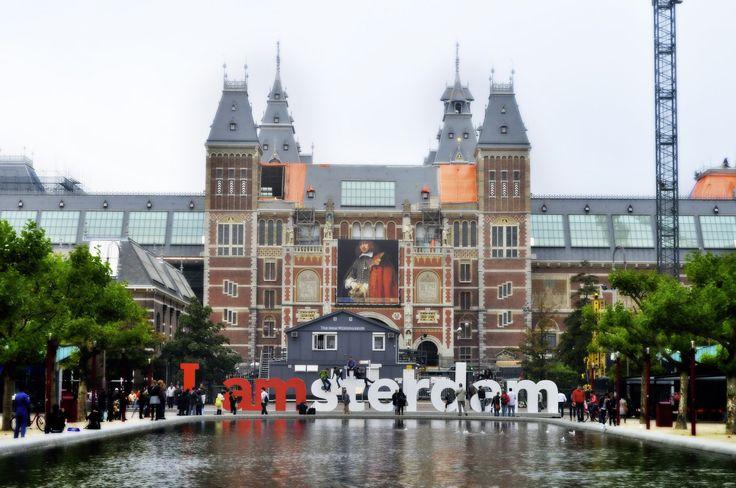 #kurban_bayramı 'nda ne yapacağız diye düşünmenize gerek yok. İhtiyacınız olan ne varsa #Amsterdam size ilaç gibi gelecektir.