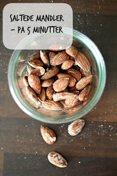 Homemade salted almonds. Easy recipe - 5 minuts and you can start snacking!