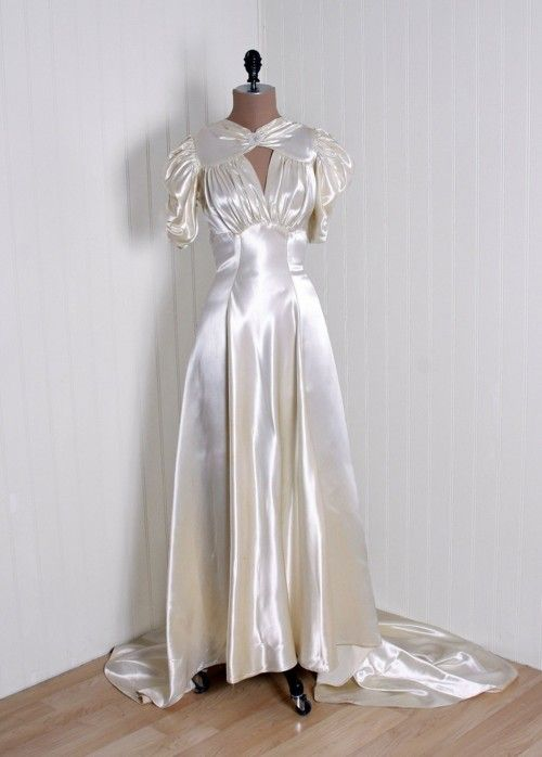 98 best 1930s wedding dresses images on Pinterest   Vintage weddings ...