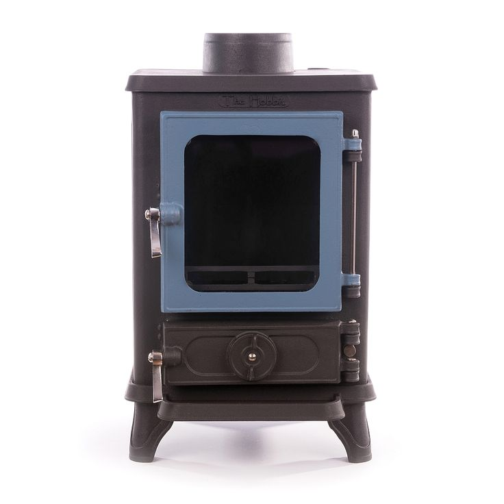 The Hobbit Stove is a small cast iron multi fuel stove from Salamander Stoves using the Turboblaze technology, the glass stays clean, is 75% efficient and comes with 5 year guarantee.