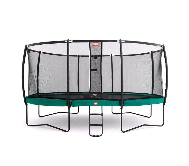 Find den trampolin der passer til jeres behov og lad ungerne (og de voksne) hygge sig i timevis med høj puls og masser af sjov.