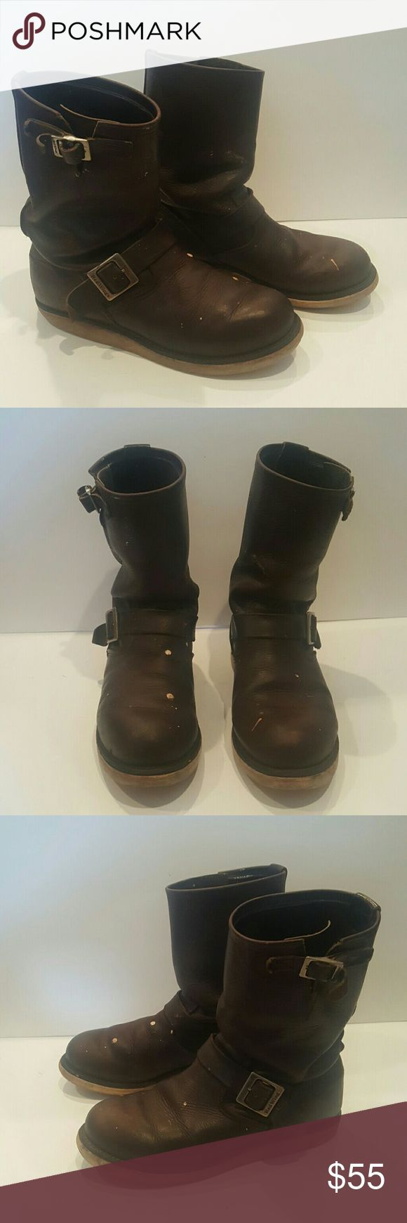 RED WING SHOES MENS SIZE 8 BROWN BOOTS RED WING SHOES MENS SIZE 8 PLENTY OF WEAR THROUGHOUT LOTS OF CHARACTER CAN BE RESTORED BY SHOEMAKER PAINT SPLATTER REALLY COOL ENGINEER WORK MOTOCYCLE BOOTS Red Wing Shoes Shoes Boots