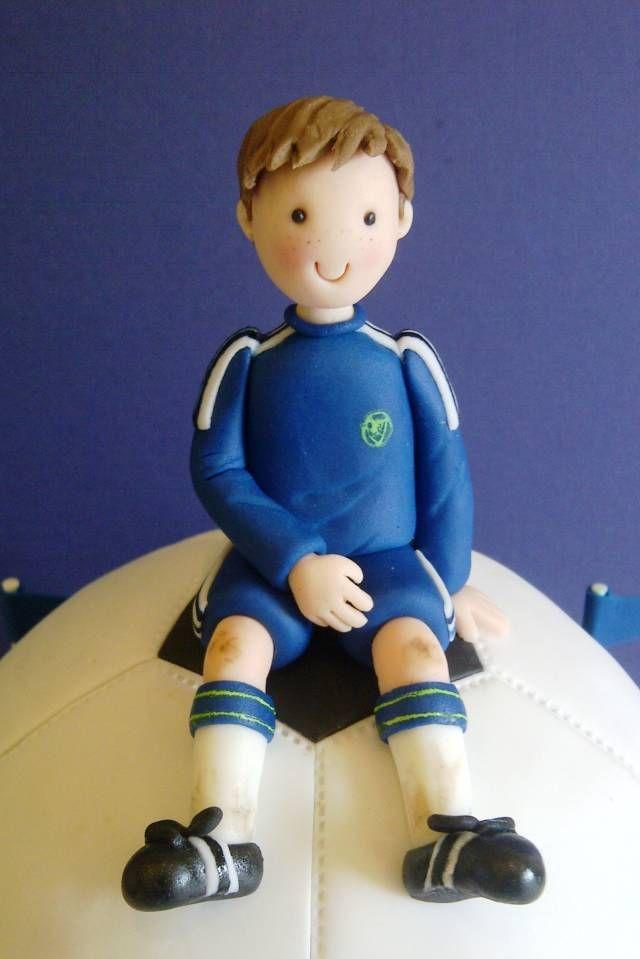 Football Fanatic - Cake by CakeyCake - CakesDecor