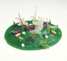 Cremoso de Parmesano con 6 albahacas. Quique Dacosta Restaurante 2004