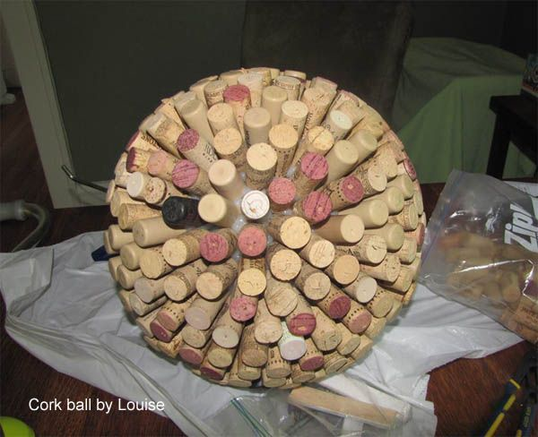 Decorative Garden Ball Ideas And Instructions Look Wendy Lee, another cork idea..