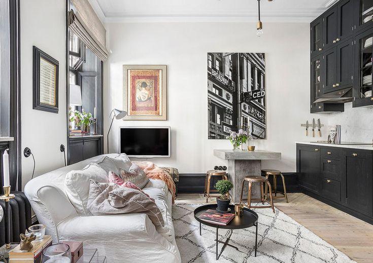 Érdekes különleges kis 28m2-es lakás fekete bútorokkal külön hálószobával