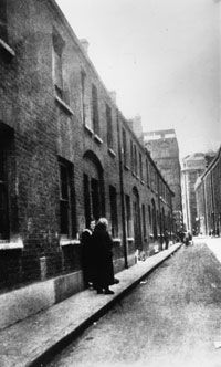"""In London's East End in 1888, a serial killer named Jack the Ripper is said to have killed and mutilated five women, some of whom were thought to be prostitutes. Although police gathered many suspects, the killer remained elusive and the case is still unsolved. From the How Stuff Works article """"How Jack the Ripper Worked."""""""