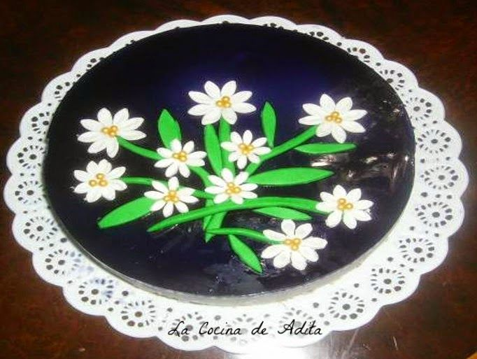 La Cocina de Adita: Tarta  mousse de caramelos violetas