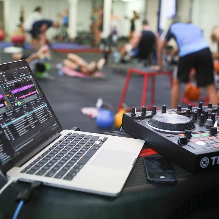 Get ready F45ers the Live DJ is back for our HOLLYWOOD Super Saturday. A few spots left email teamglebe@f45training.com.au to get a free try. Hands down best way to start your weekend. #f45training #f45glebe #teamglebe #glebe #fitspo #dj #getcreative #camperdown #forestlodge #sydney #summer #gym #motivation #workout #HIIT #sweat by f45_training_glebe