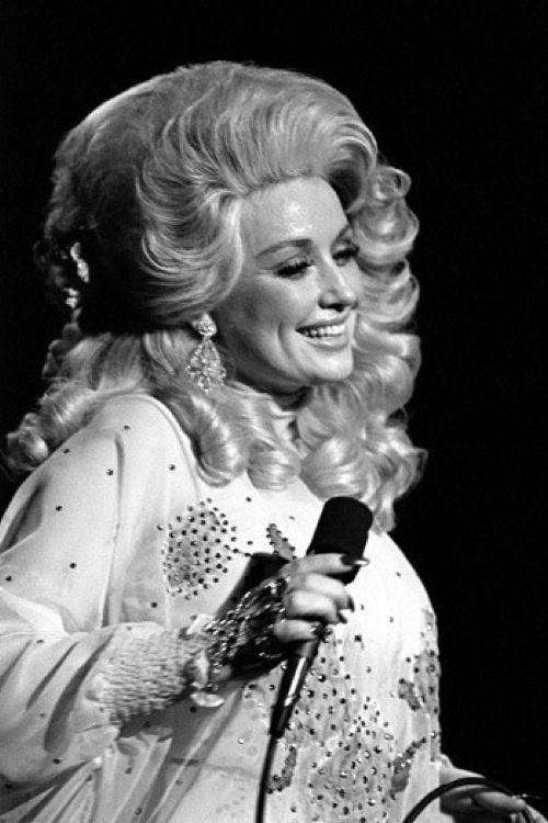I have to admit.... I love dolly parton