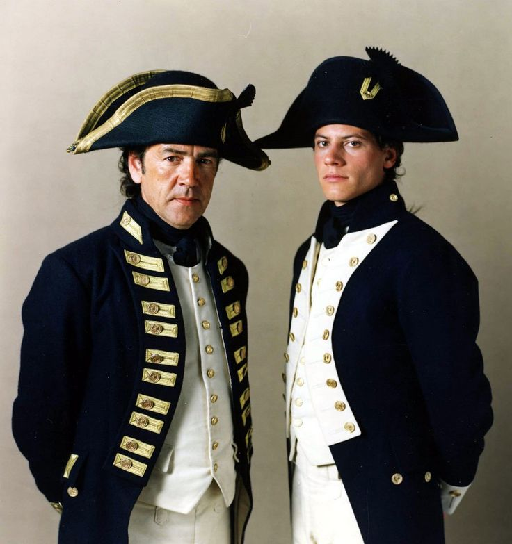 Robert Lindsay as Captain Pellew (with Horatio in his new un-ee-form)