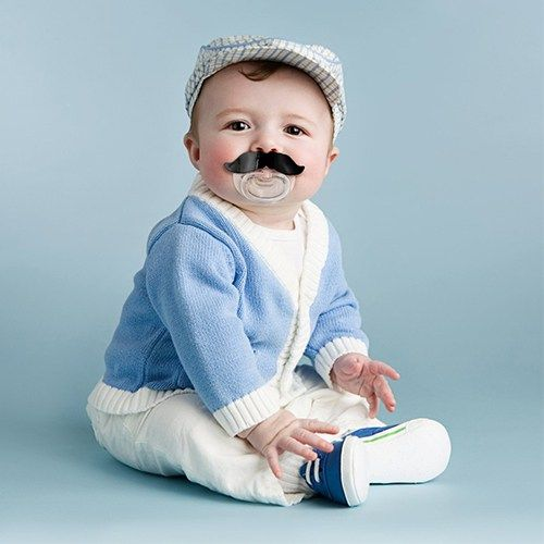 Nicht nur im Movember ein Knüller: Schnurrbart Schnuller