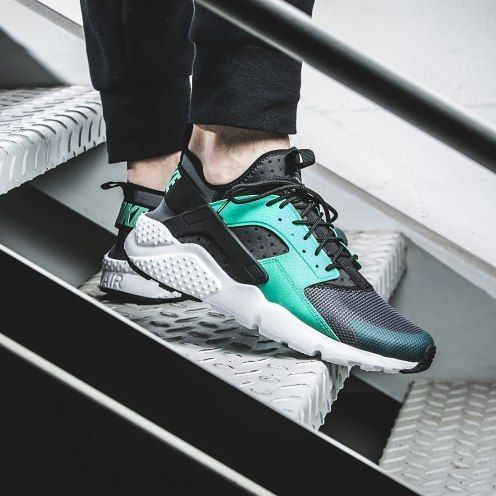 quality design a6ee1 965d9 ... NIKE HUARACHE ULTRA Fresh colour for the lightweight version of this  evergreen sneaker from the Swoosh ...