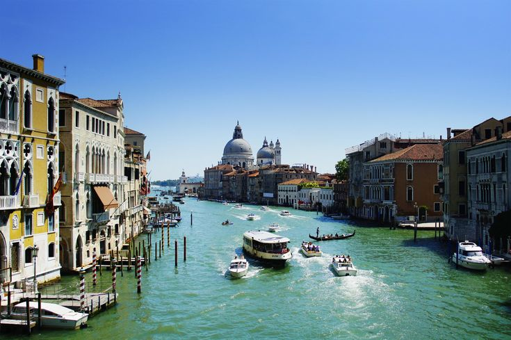 Wenecja w jeden dzień to najpopularniejszy sposób zwiedzania. Mało kto zostaje tu na noc, bo ceny są za wysokie. Zwiedzanie zaczynamy wcześnie rano.