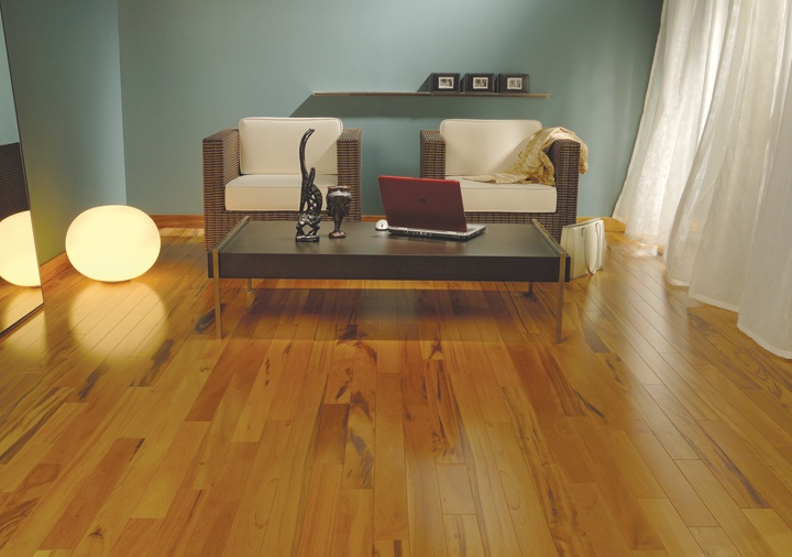 34 best avalon hardwood collection images on pinterest for Casa classica collection laminate flooring