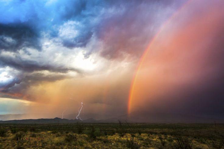 From the archives: POTW Winner 15th October 2016 @lorigraceaz  See the rest at: https://buff.ly/2yzxxtp?utm_content=buffercb0d1&utm_medium=social&utm_source=pinterest.com&utm_campaign=buffer #StormHour