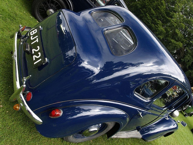 Austin 10 Saloon Car 1945