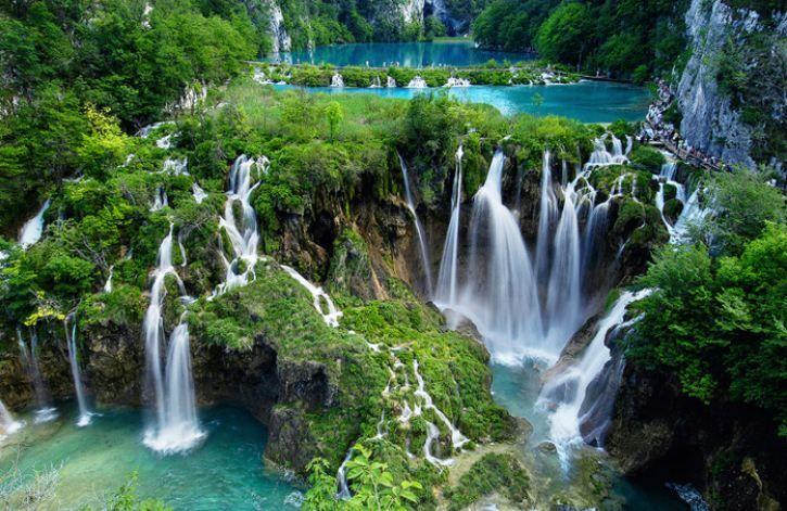 Les plus belles cascades du Monde - Chutes d'eau dans le parc national Plitvice de Croatie