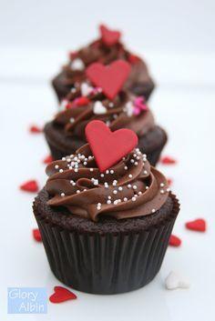 Glorious Treats » {Recipe} Perfectly Chocolate Cupcakes