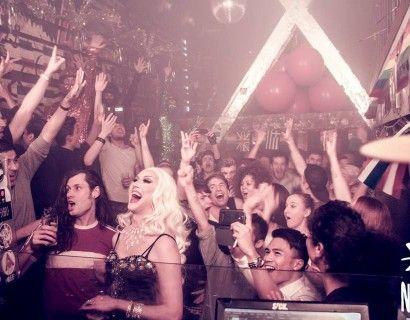 Club Nyx -Amsterdam  #gaynightout #gayamsterdam #lgbt #lgbttravel #gay #hipster #gayeurope #iamsterdam #lesbian #gaypride #travel #homobar #holebi #Amsterdam