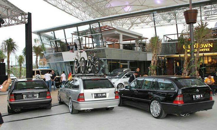 Classy, Wagen, Legend, Estate of S202 Jakarta