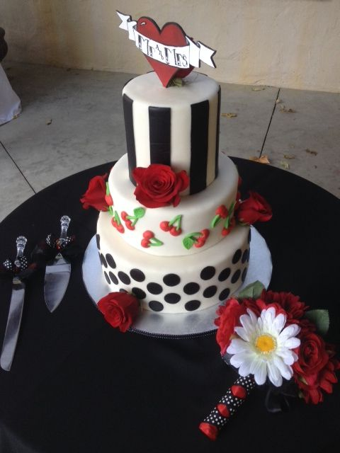 8 Best Images About 1950s Rockabilly Wedding Cake On Pinterest