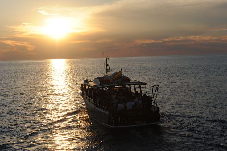 Puesta de Sol en Barcos Azules #sunset