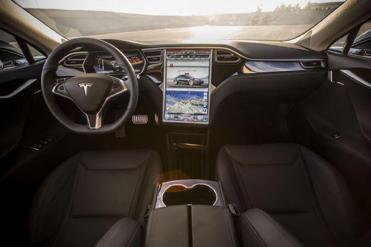 2015 Tesla Model S P85D Interior