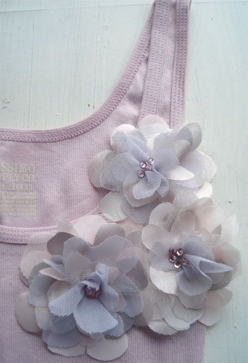 DIY tank top with pretty flowers