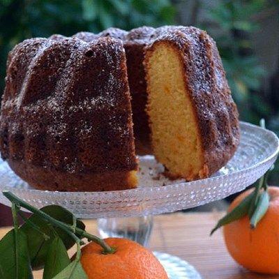 Πλούσιο κέικ πορτοκαλιού