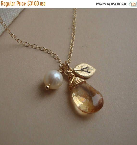 OP verkoop gepersonaliseerde ketting gepersonaliseerde Hand gestempelde Leaf eerste - Gold Filled, Wire Wrapped Stone, bruidsmeisjes gunsten, aangepaste Bridal