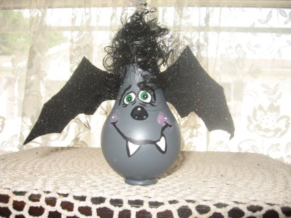 Recycled Light Bulb  Bat Light Bulb Buddy by Williscrafter on Etsy, $9.00