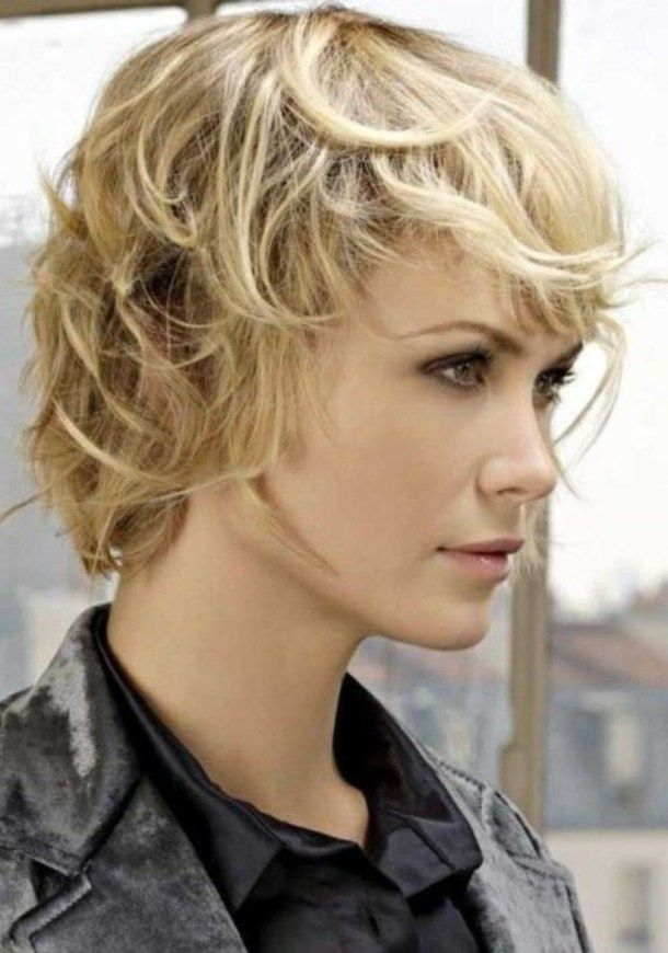 Shaggy Hairstyle For Women Over 40 Years With Fine Hair 13 Short Shag Hairstyles Short Shag Haircuts Shaggy Haircuts