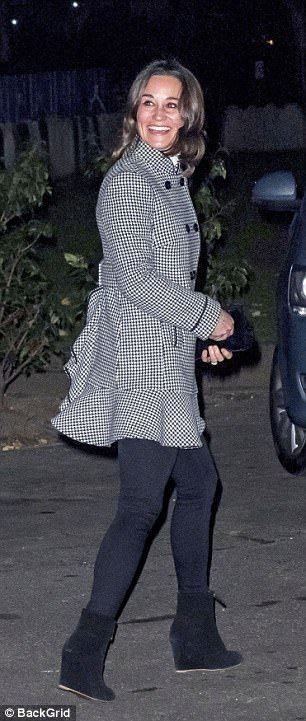 Pippa Middleton¿s wedding was one of the society events of the year, but on Tuesday it was mum Carole¿s turn to shine at the Henry van Straubenzee Memorial Fund carol concert in Chelsea