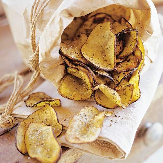 These Grillside Potato Chips will go well with your favorite burger! Recipe: http://www.bhg.com/recipe/vegetables/grillside-potato-chips/?socsrc=bhgpin051612: Chipsgrillside Potato, Food, Potatoes, Cooking, Chips Recipes