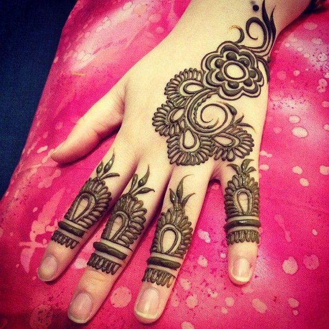 new mehndi design for bridal hand