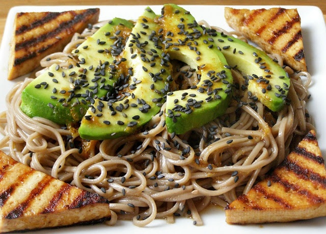 spicy soba noodle and avocado salad with pan grilled tofu