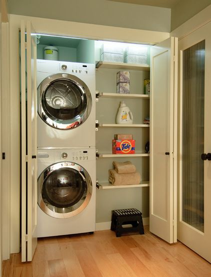 LAUNDRY ROOM – Another great design idea for a well-functioning laundry room. Contemporary laundry room by Midori Yoshikawa Design Group