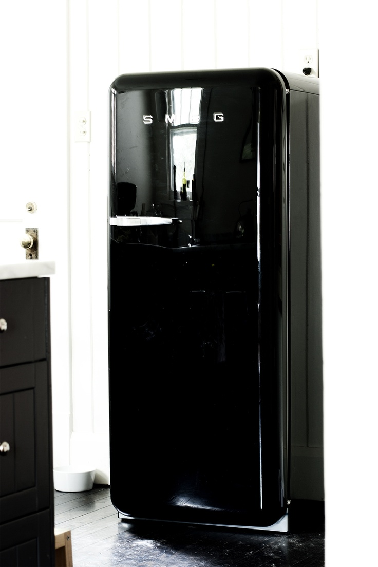 1000 ideas about frigo smeg on pinterest smeg. Black Bedroom Furniture Sets. Home Design Ideas