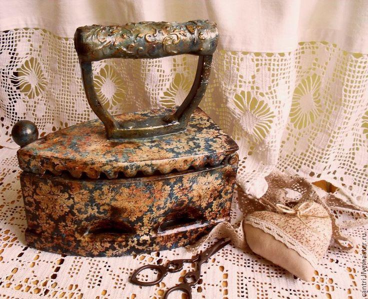 Купить Старинный угольный утюг... - разноцветный, утюг, Декупаж, декупаж работы, старина, старинный стиль