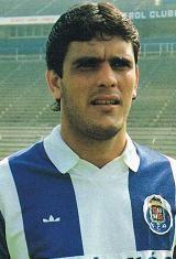 José Carlos Nascimento, nasceu no dia 19 de Março de 1965 em Goiânia, Brasil. Foi no ano de 1983 que teve a sua estreia como profissional sénior, ao serviço dos cariocas do C.R. Flamengo. Vestiu a camisola rubro-negro do clube do Rio de Janeiro durante sete temporadas e onde venceu por duas vezes o Campeonato Brasileiro (1983 e 1987), um Campeonato Estadual (1986), três Taças Guanabara (1984, 1988 e 1989), duas Taças Rio (1985 e 1986). Conquistou ainda cinco torneios internacionais. Em 1987…