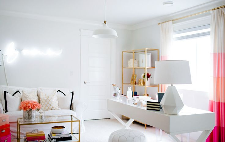 #office, #white  Photography: Jamie Lauren Photography - jamielaurenphotography.com/ Design & Styling: Monika Hibbs - www.monikahibbs.com/  View entire slideshow: Chic Work Spaces on http://www.stylemepretty.com/collection/1116/