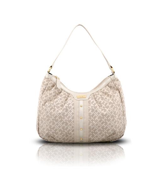 Tommy Hilfiger Logo Cream Shopper Bag on glamouronthego.co.uk