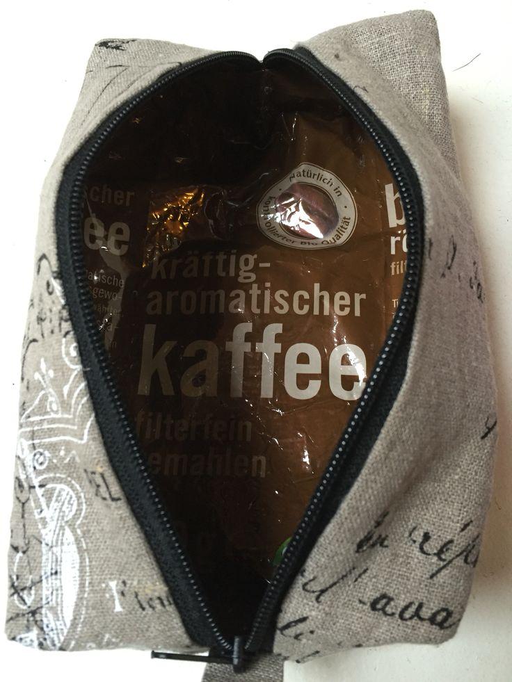 Kaffeeverpackung als Innenfutter für Kosmetiktäschchen